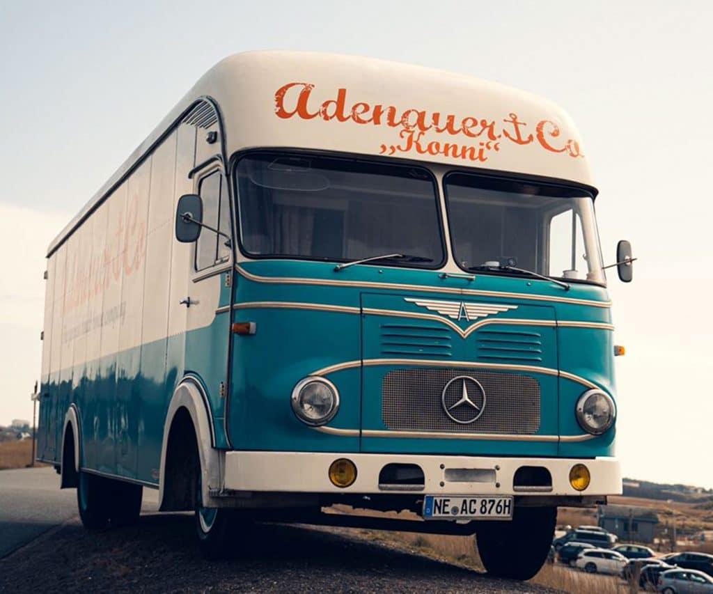 Oldtimer Bus Mercedes Adenauer&Co Konni